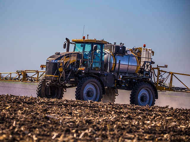 RoGator-1300C-Liquid-Working-IMG-2306.jpg